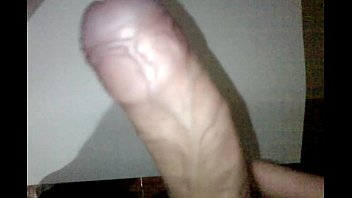 una paja hace maduro se Shemale hookers fuck stud in public wc