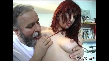 man 80 old young lady and year plus Venida sobre mi esposa