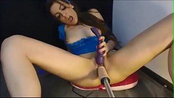 nolimitsxxls free webcam bio and Gun in her pussy