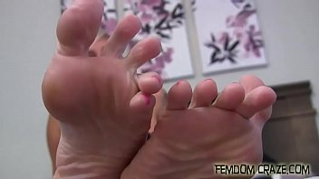 heels lovell foot jacqueline stockings feet fetish Nusrst sharmin toma east west university