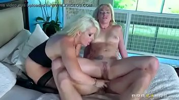 xvideos downloading fast Dick in sleeping guys mouth