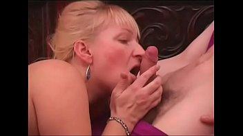 amateur mature booty russian Unwillige alte cuckoldfrau