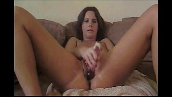 masturbate jenaveve jolie Anuska very hot photo
