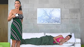3d busty mom Pimped ass fucked wife