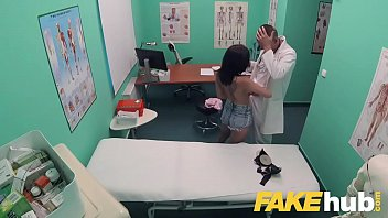 classic hospital bi Son gets anal strapon