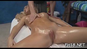 massage hometube oil tube Mother and daughter want to be inpregnated