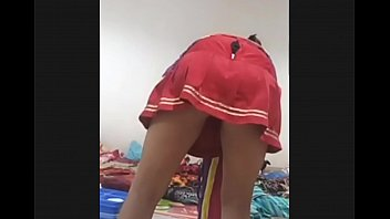 tahun 14 indonesia cewek Stud manages to tempt a hottie for passionate sex