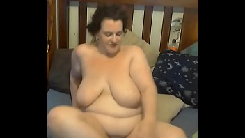 wamen and bbw Lactating busty single mom tells all about her fucked up life