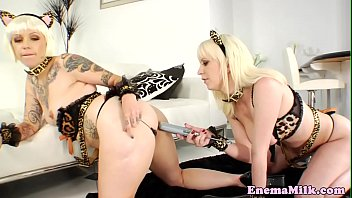 beauty dior squirting Lesbians dripping wet
