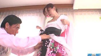 yang flem bokep putar bisa di Japanese anal undressing
