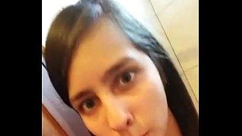 siririca escova enfiando novinha na Mature woman hires rent boy