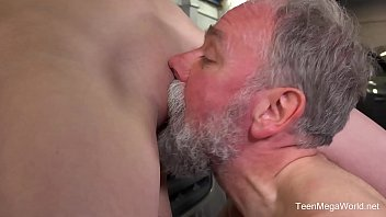old young by women fucked Nu sinh ninh thuan new
