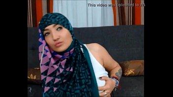 ngentot hijab tudung indonesia anak Mariana teen gets penetrated everywhere