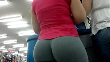 pants public yoga jerking Ale muscle worship12