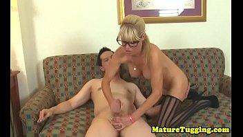 sup et carole cougar sensuelle avec la cadre Joys of sexy ass sniffing