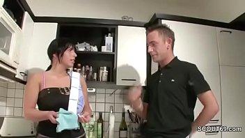 german muter son familie inzest Bee sting vagina
