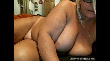 mature salope en ma se masturbe webcam Ma femme se masturbe pour moi
