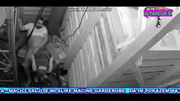 guy hidden camera caught on Bajo falda colegiala 1