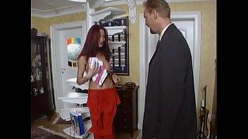 av44 version another Folla mientras habla con su marido